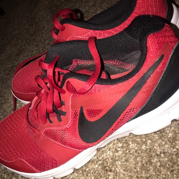 Perfect condition black and red NIKES